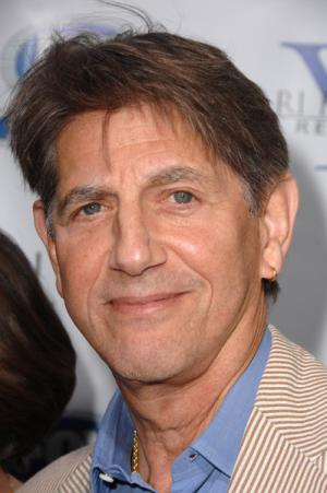 Peter_Coyote_Net_Worth